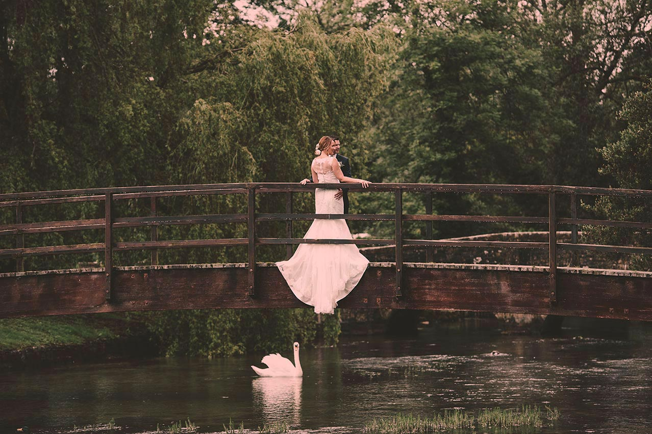 Swan Hotel Wedding Photography. Natural, documentary, wedding photography Bibury, Cirencester. Wedding stories told simply and beautifully.